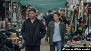 Axtem Seitablaiev and Remzi Bilyalov in a scene from Evge feature movie